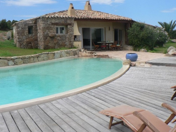 VILLA SONIA - sleeps up to 8 - Bonifacio