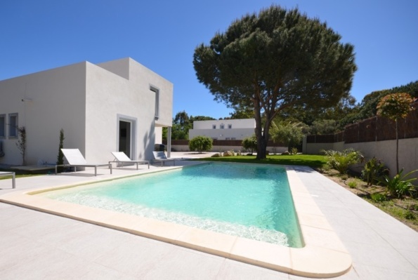 VILLA ALIMEA - sleeps 10 to 14 - CALVI